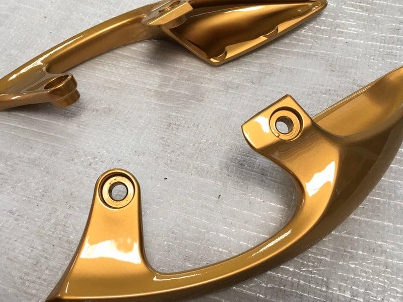 ゴールド 塗装