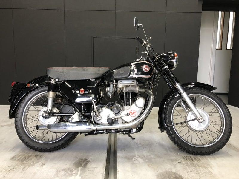 MATCHLESSマチレスG80のオートバイ