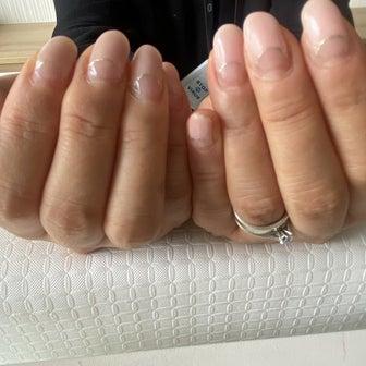 フィルイン施術☆爪を傷めず更に美爪に導きます