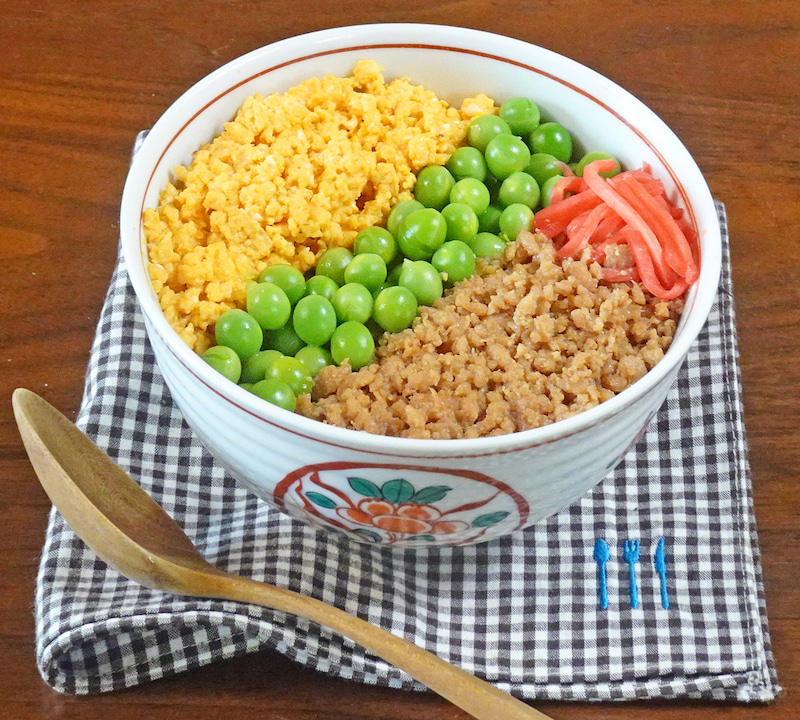 色 丼 レシピ 三