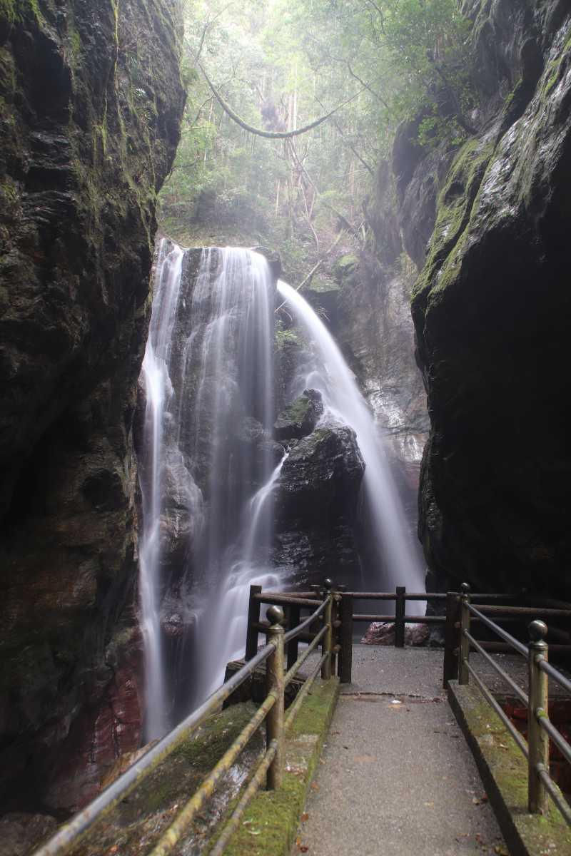 高知県の滝ー雨龍の滝