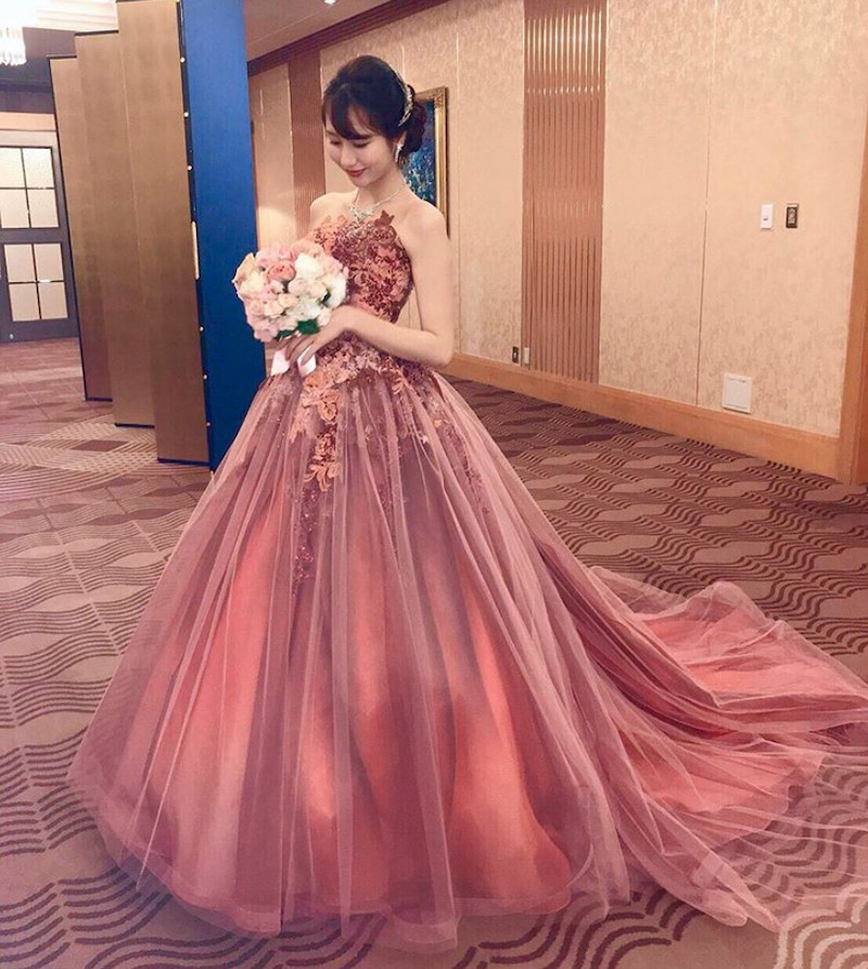 ドレス カラー