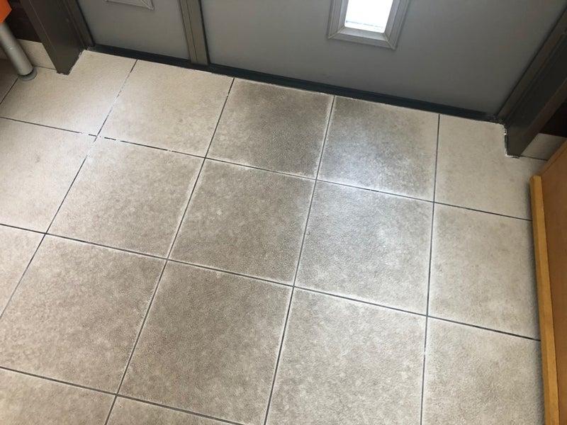 タイル 掃除 玄関
