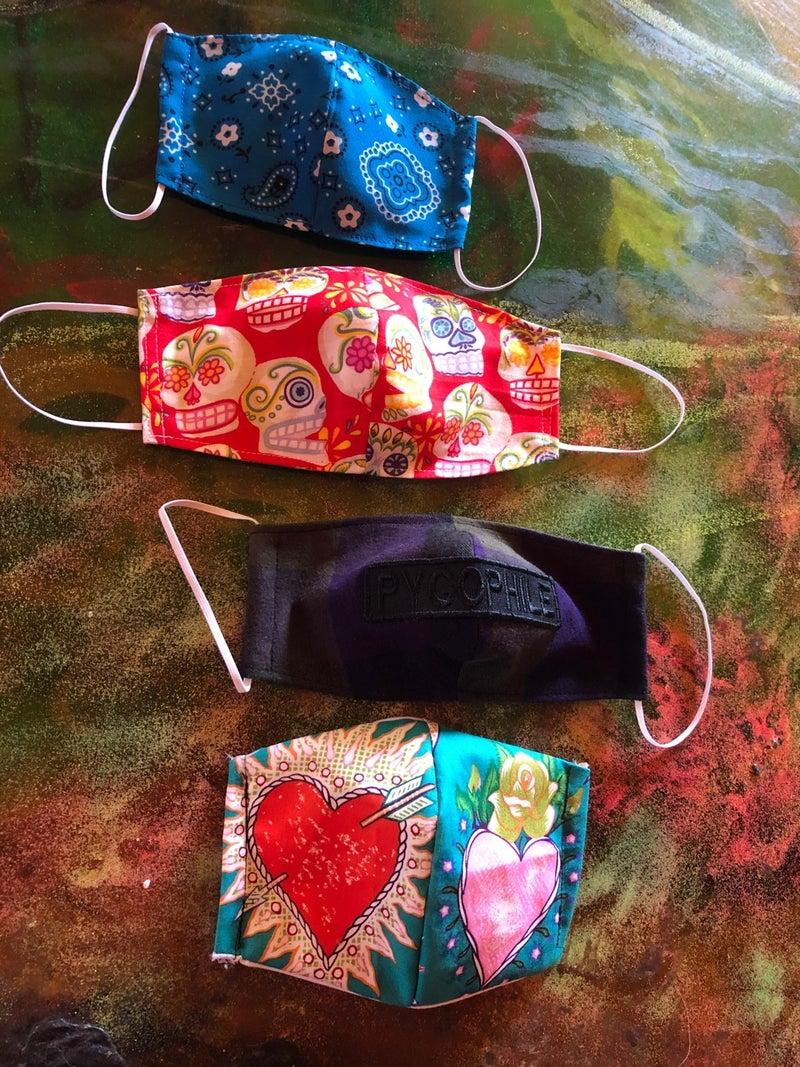 ボブのマスク作り | 野沢直子オフィシャルブログ Powered by Ameba