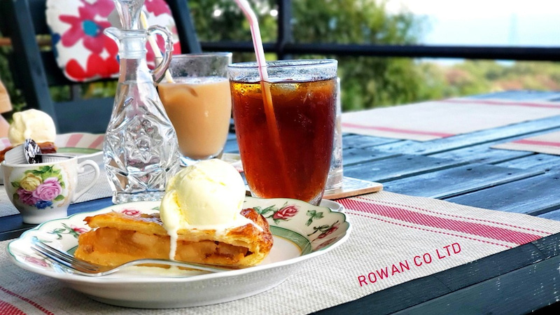 紅茶 オープンカフェ