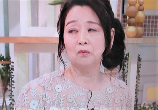 岡田 晴恵 ファッション