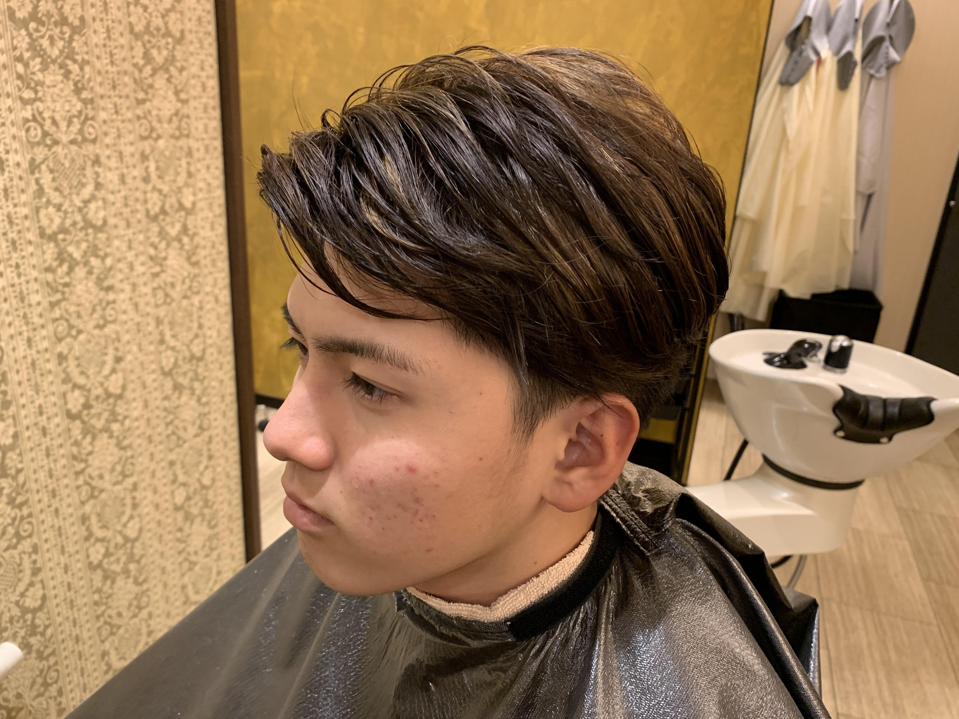 スパイダーマンの髪型