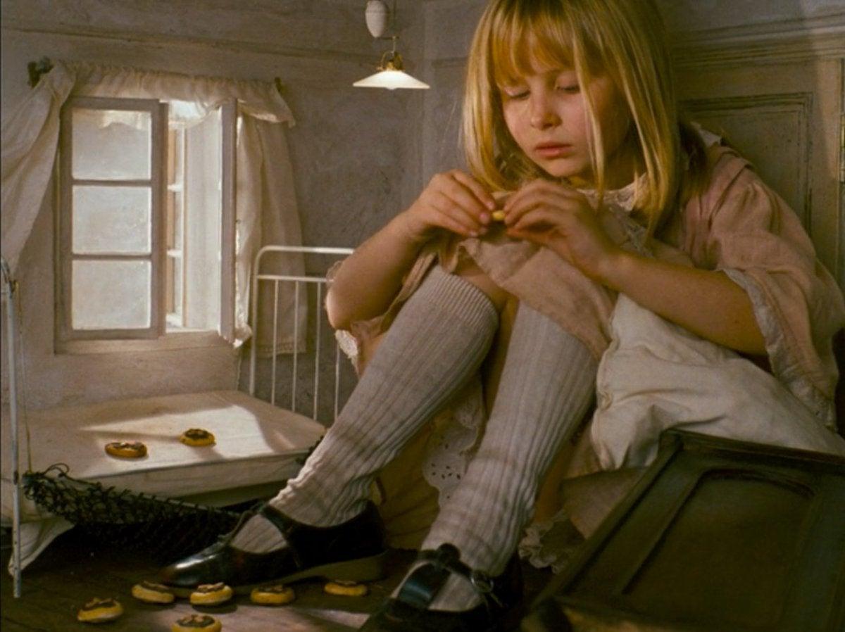 ヤン・シュヴァンクマイエル監督『アリス』(1988) | 青猫の映画紹介 ...
