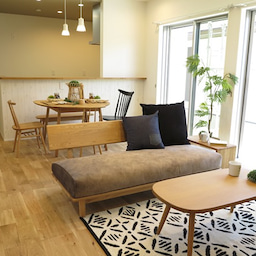 画像 家具の配置アドバイス!映画鑑賞が好きな方へ家具の配置提案!「島型」ソファをおすすめしました。 の記事より 6つ目