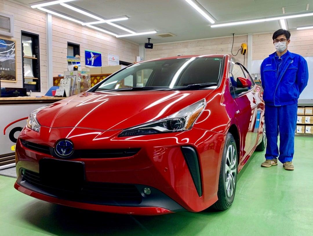 トヨタ プリウス新車 ハイモースコートグロウ 断熱フィルム 全窓ガラス撥水加工ハイパービュー施工
