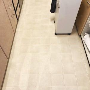 キッチンの床を明るく白くDIY■そして・・5年後の画像