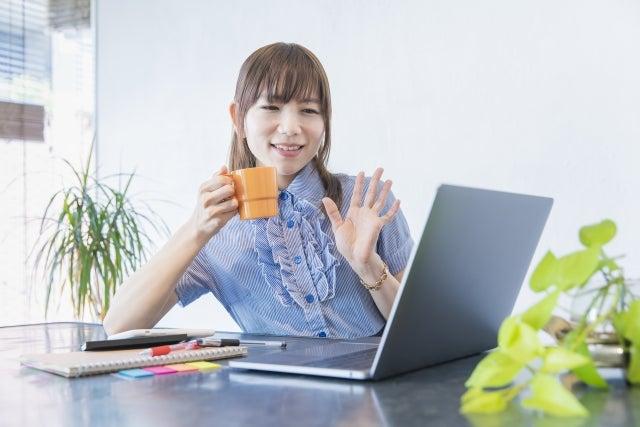 起業サポートPCスクール オンラインレッスンを取り入れることは、時代の流れにしなやかに沿うことイエロー・ムーン