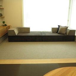 画像 家具の配置アドバイス!お子さん4人と両親、6人で寛ぐコンパクトリビング!壁もソファ?畳もソファ? の記事より 18つ目