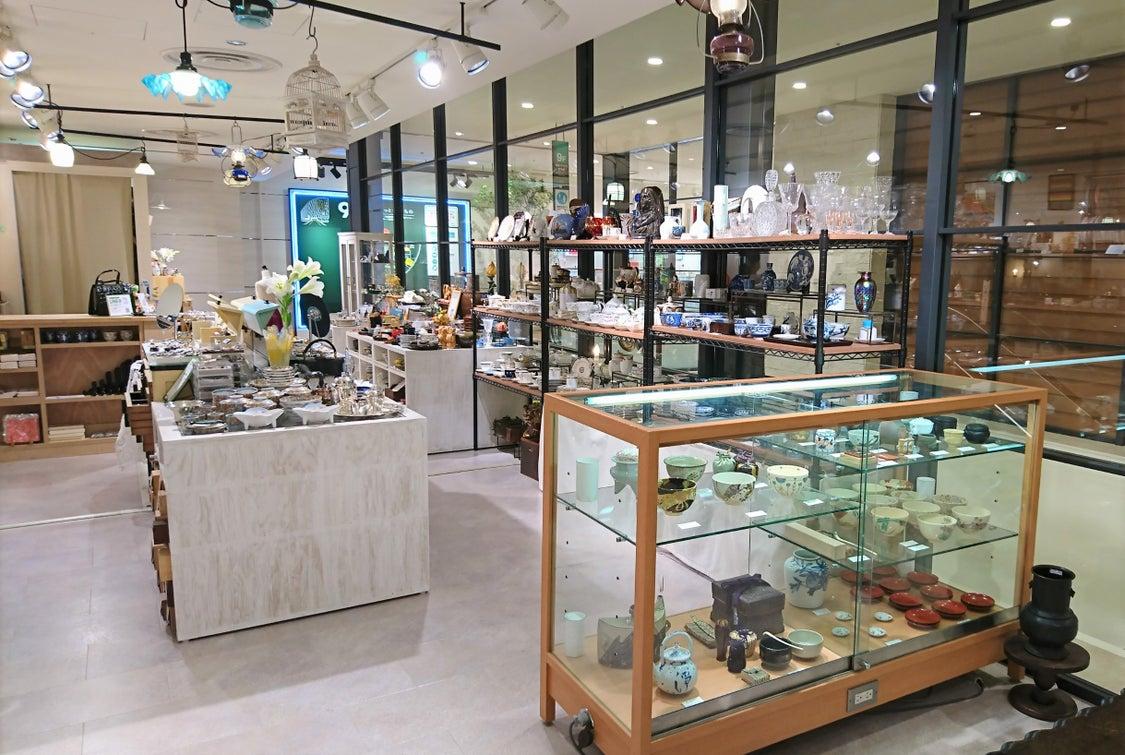 阪神百貨店が土日の営業を再開いたします。の記事より