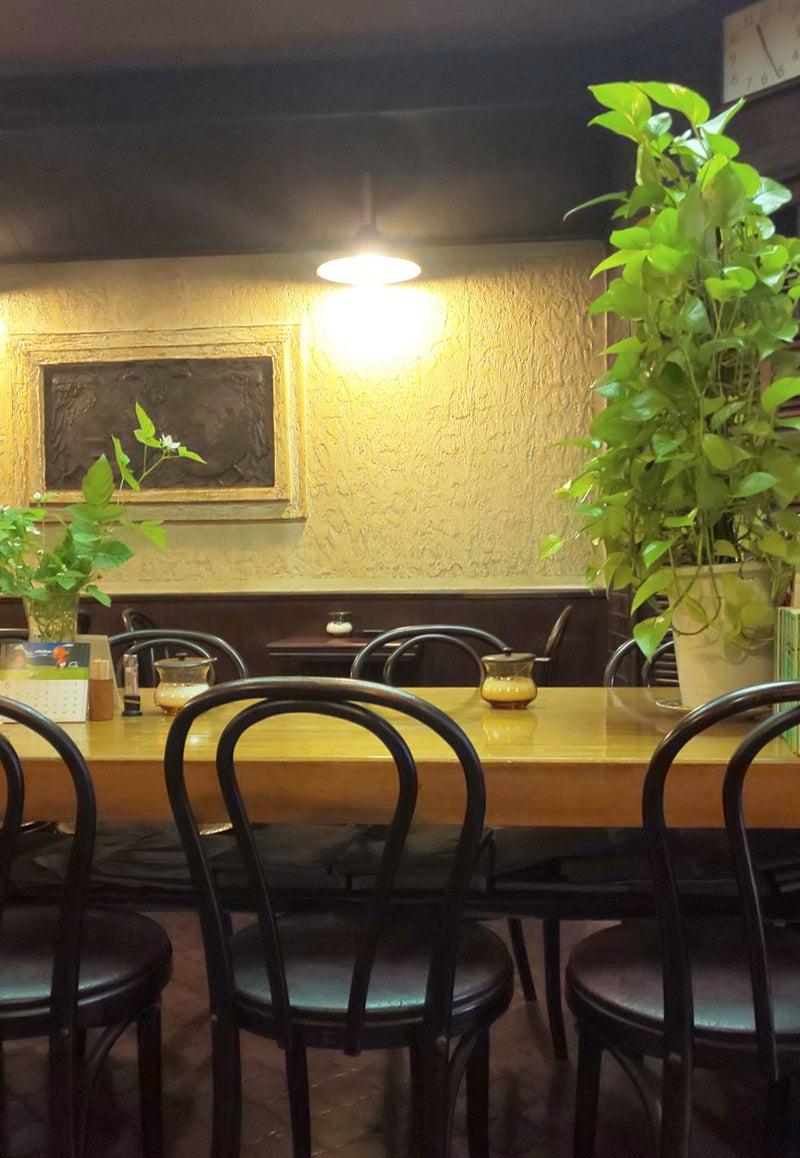 コーヒーショップトリイ 店内 3