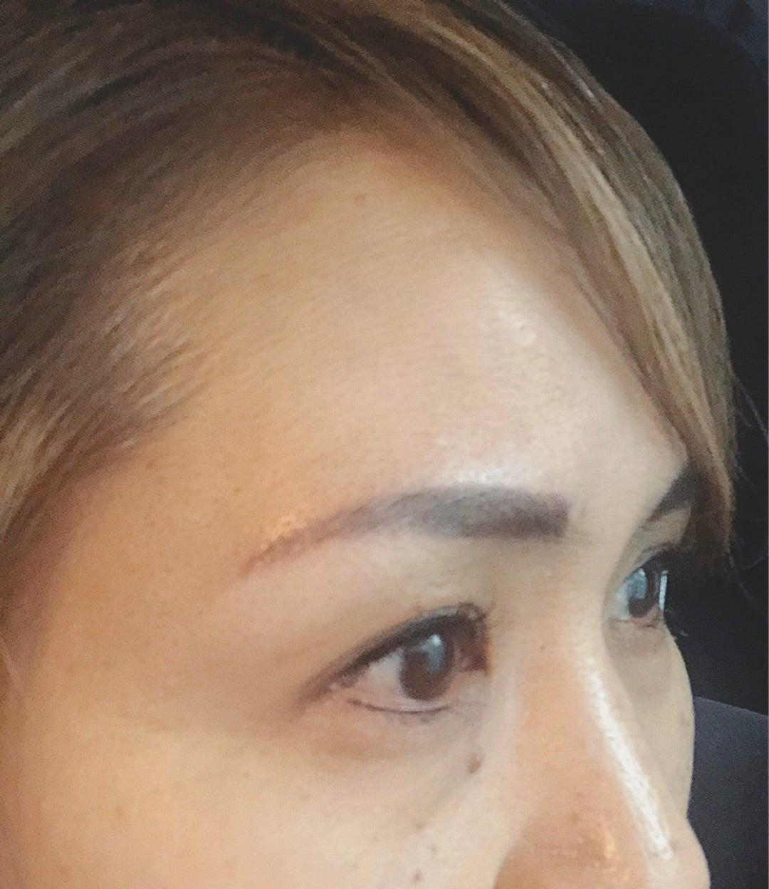 アート 広島 眉毛