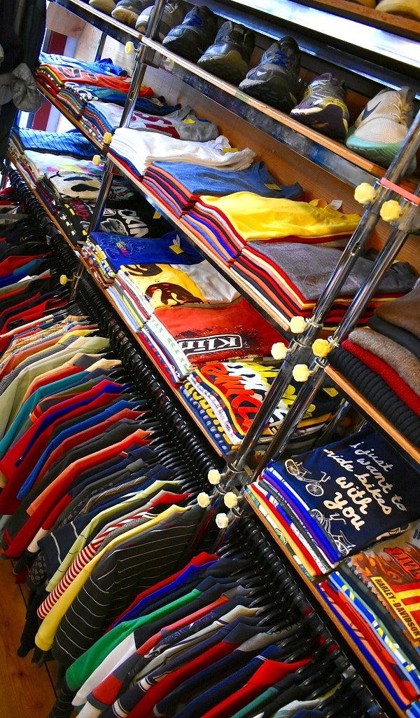 アフターコロナウィズコロナ古着屋カチカチ店内画像