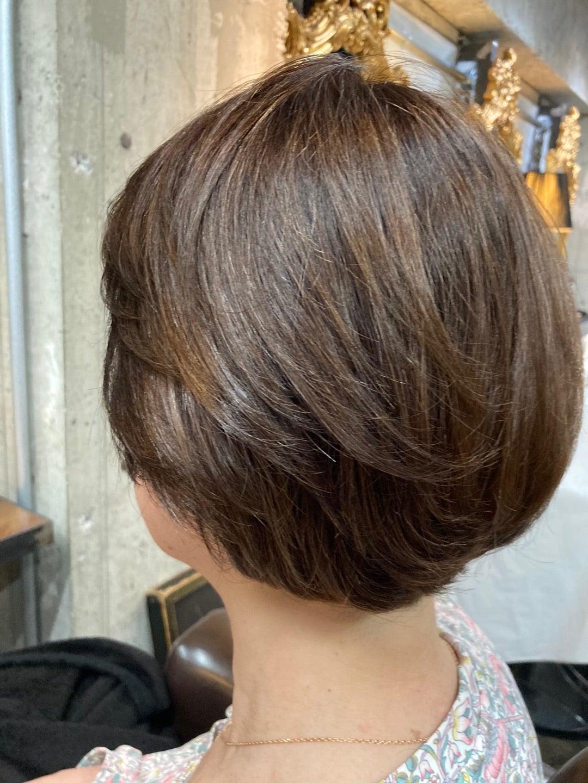 髪質改善酸熱トリートメントで質感調整