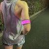 「ランナーによる見守り活動」ランニング用LEDアームバンドを配布していますの画像