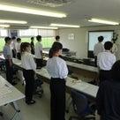 良き学びは、自身の土台をつくる。『坂井市役所様 新人研修』の記事より