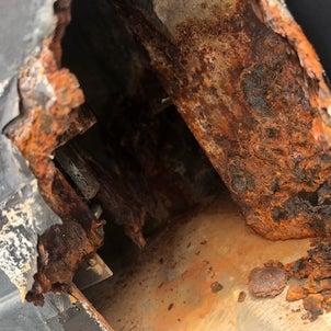 塩害被害でサビだらけになったスチールサッシの補修の画像