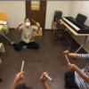 音楽療法のセッション(わっきー先生&こじこじ先生)の画像