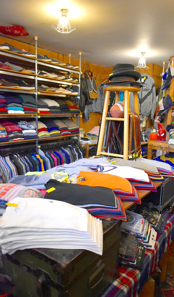 Used Clothing Shop in Tokyo Japan Kachikachi