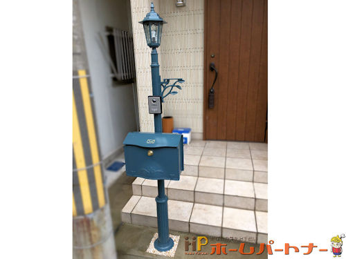 リフォーム後の郵便ポストと柱