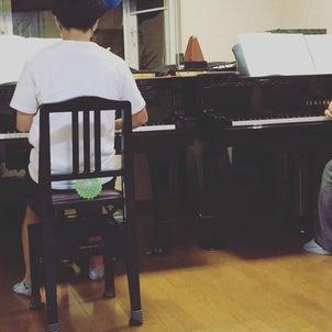 ピアノ男子君と2台ピアノ♪の画像