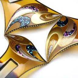 画像 結婚披露宴、パーティーなど華やかな機会にお勧めな、美しいべっ甲螺鈿金蒔絵かんざし★制製動画あり の記事より 1つ目