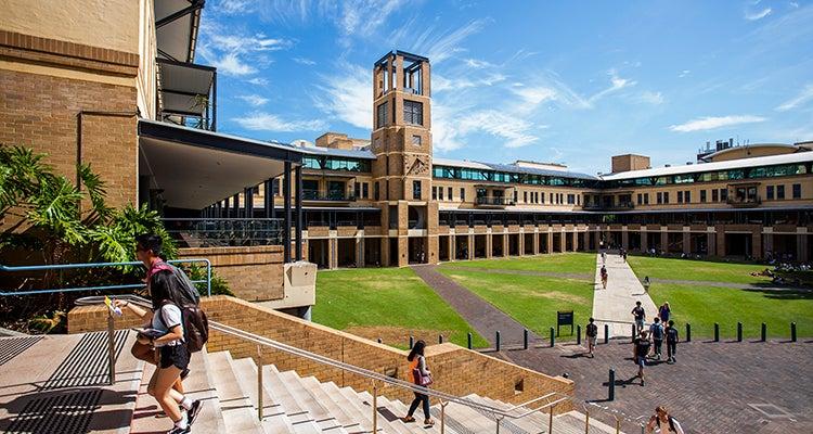 ニュー サウス ウェールズ 大学
