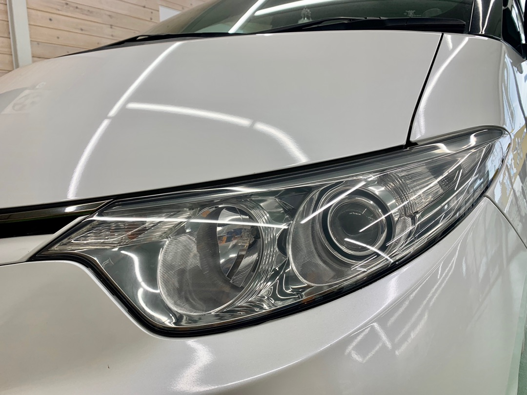 トヨタ エスティマ 中古車 ヘッドライト再生ドリームコート施工