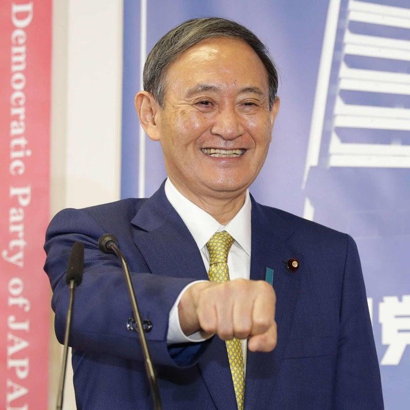 総理 管 菅首相「イヤホンの付け方」に世界が失笑も、全く笑えぬ危険な兆候とは?