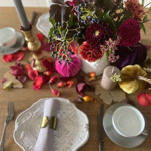 かぼちゃのオブジェを使って秋色テーブルの画像