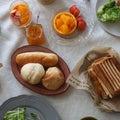 「パンと果物、シフォンケーキ」小さなパン教室trees