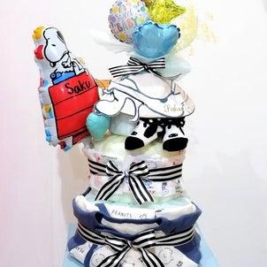 出産祝いのダイパーケーキの画像