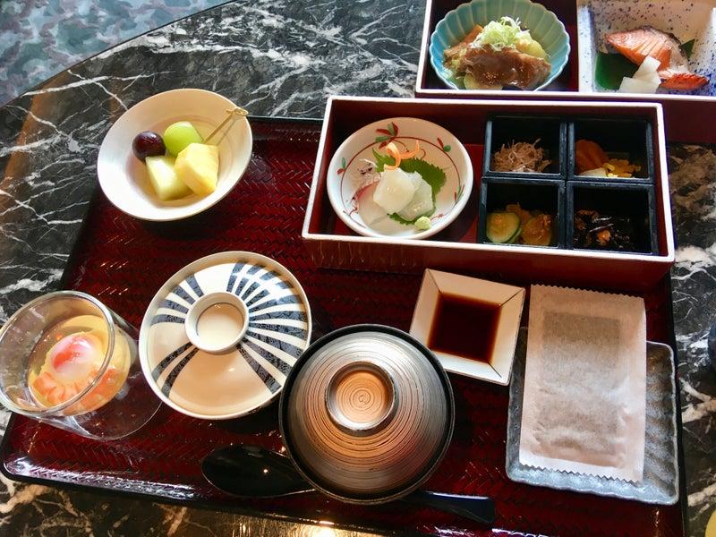 京都 朝食 カールトン リッツ