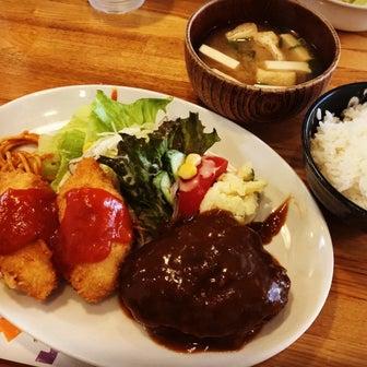 【京都ランチめぐり】伏見住宅街の地元民御用達洋食!ボリューム満点&割安◎「オムライスあきら」