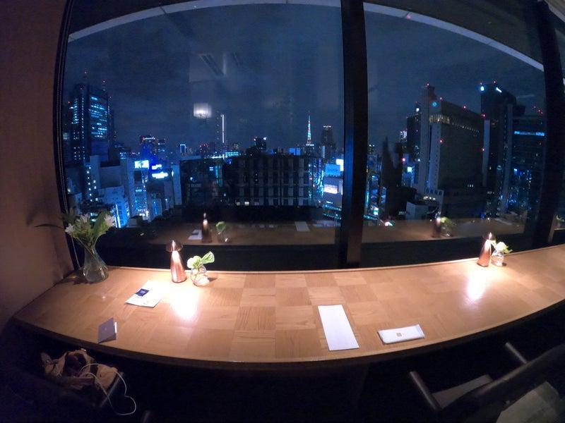 《ホテル ザ セレスティン銀座》スーペリアクイーン宿泊記 ウェルカムドリンク付きだったため、ホテル内レストラン銀座カシータで半沢直樹最終回前に東京タワーを眺めながらスパークリングワイン
