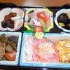 ハレの日の食事の様子ですの画像