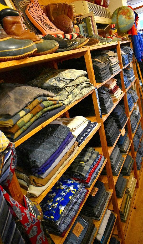 週末の古着屋巡りは東京都北区王子駅前のカチカチで