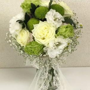 白いお花×色のブーケの作品!の画像