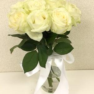 白いお花メインのブーケの作品!「シェル額」の画像
