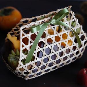 【フルーツスタイリング】かごに秋の果実をたっぷりとらの画像