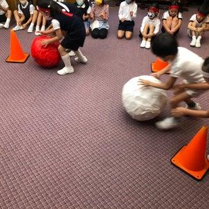 年長クラスの一コマ 体操服に着替えて「直前講習  ミニ運動会」の画像