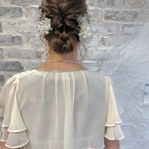イベントに使えるまとめ髪の画像