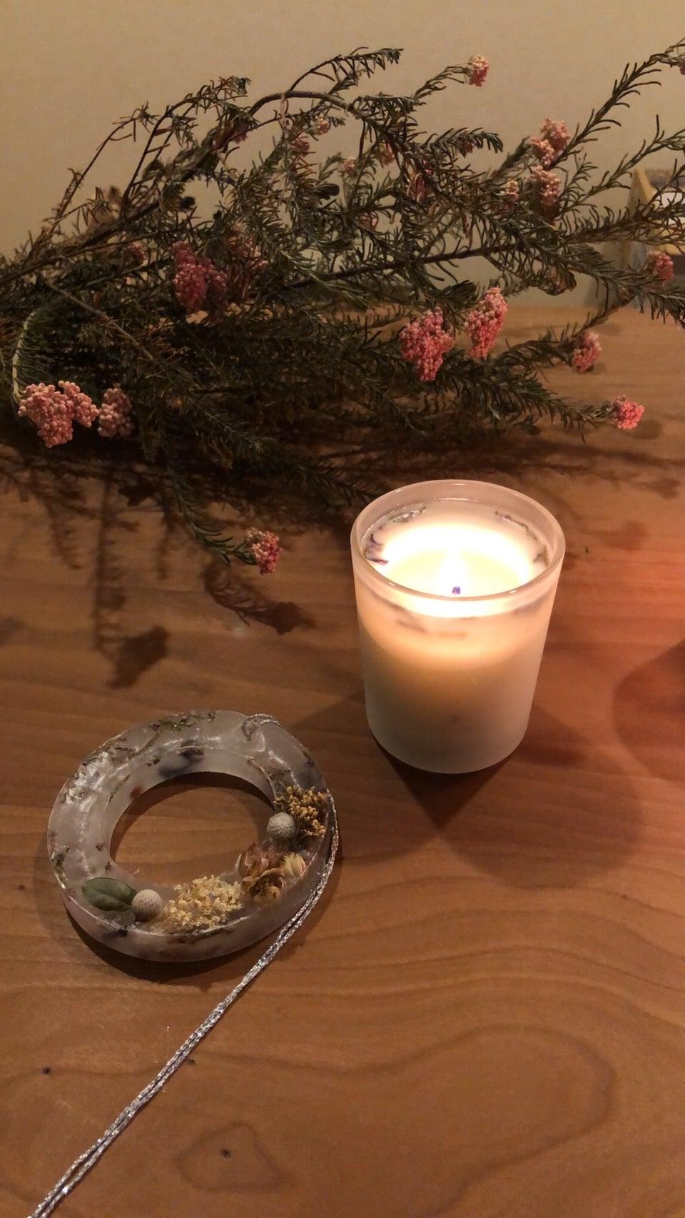 【12月のワークショップ】アロマワックスサシェ&グラスキャンドル作り