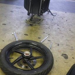 画像 スズキ アドレス110 CE47A タイヤ交換 タイヤパンク バイク 修理 名古屋市港区 の記事より 3つ目