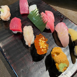 画像 山さん寿司 本店:前日15時過ぎても、まだ20名ぐらい並んでいたので、確信しました! の記事より 1つ目