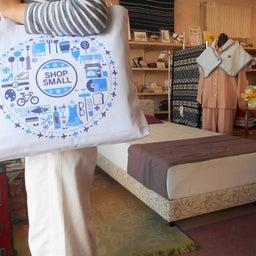 画像 小さな買い物、大きな応援。当店は「SHOP SMALL」加盟店です。 の記事より 3つ目